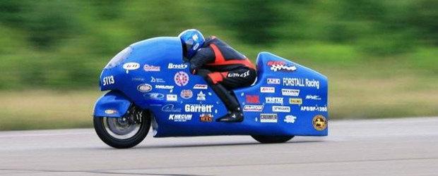 Cea mai rapida motocicleta din lume atinge 502 km/h - VIDEO de la bord!