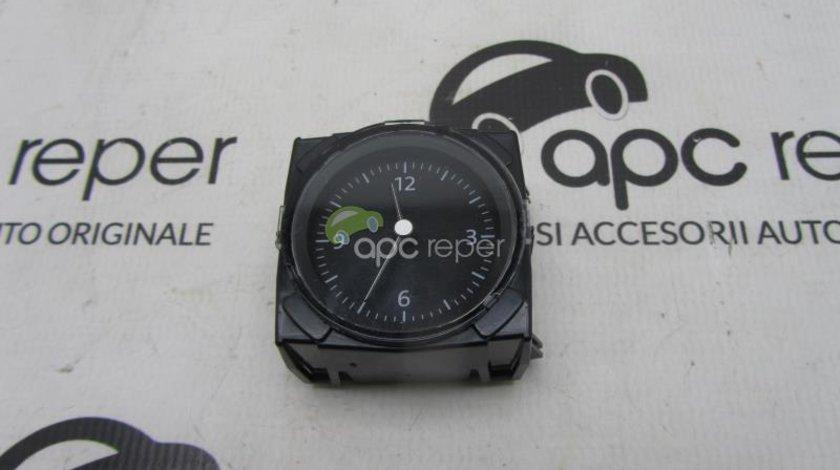 Ceas plansa bord Vw Passat B8 Original 3G0919204