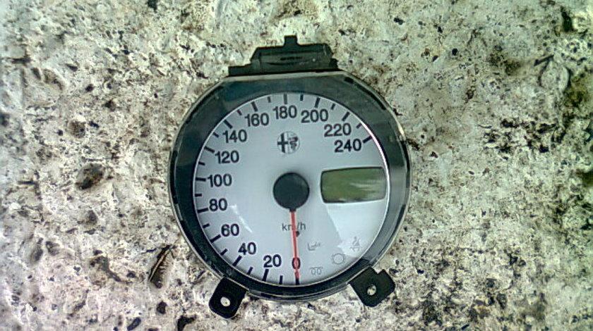 Ceasuri bord Alfa Romeo 156 1.9jtd (vitezometru)