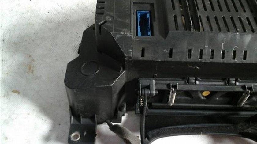 Ceasuri bord Audi A8 4.2 3.7L Benzina An 2004-2009 cod 4E0920900E