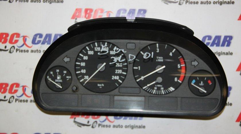 Ceasuri bord BMW Seria 5 E39 2.5 Diesel cod: 110008735 / 62118381198 model 2000
