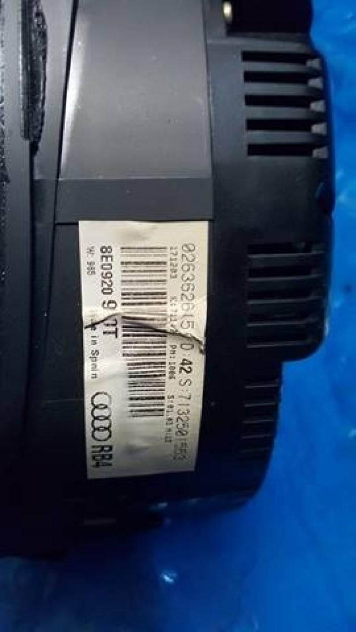 Ceasuri bord color rb4 cod 8e0920930t audi a4 b6 1.9 tdi