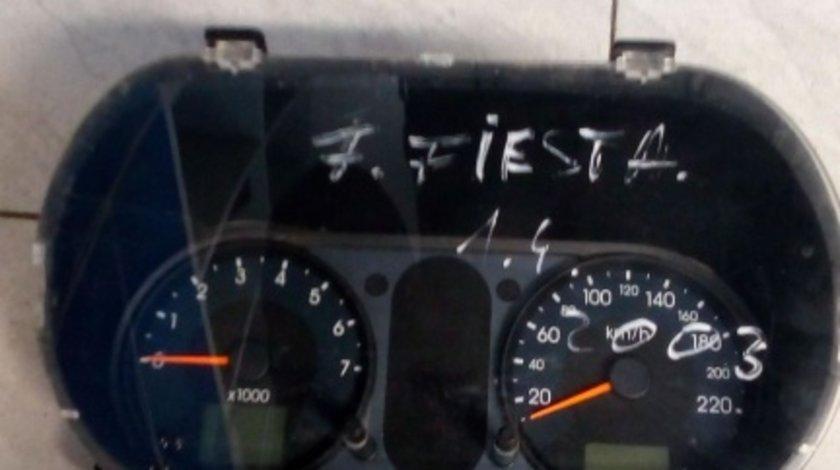 Ceasuri bord Ford Fiesta 1.4 B 2003 cod 2S6F10A855A