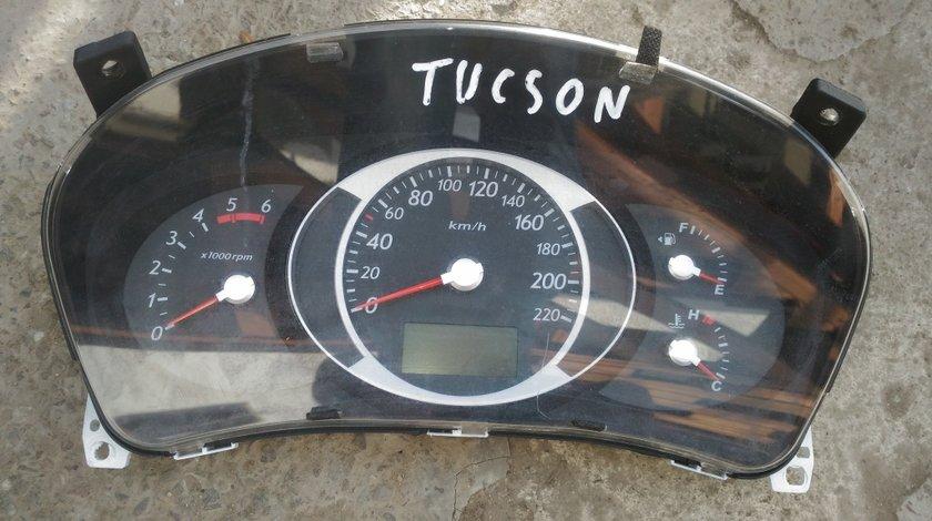 Ceasuri bord Hyundai Tucson 2.0 crdi 2007
