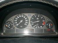 Ceasuri bord ( indicatoare ) BMW E39 ( seria 5 ) 2000 benzina in stare foarte buna