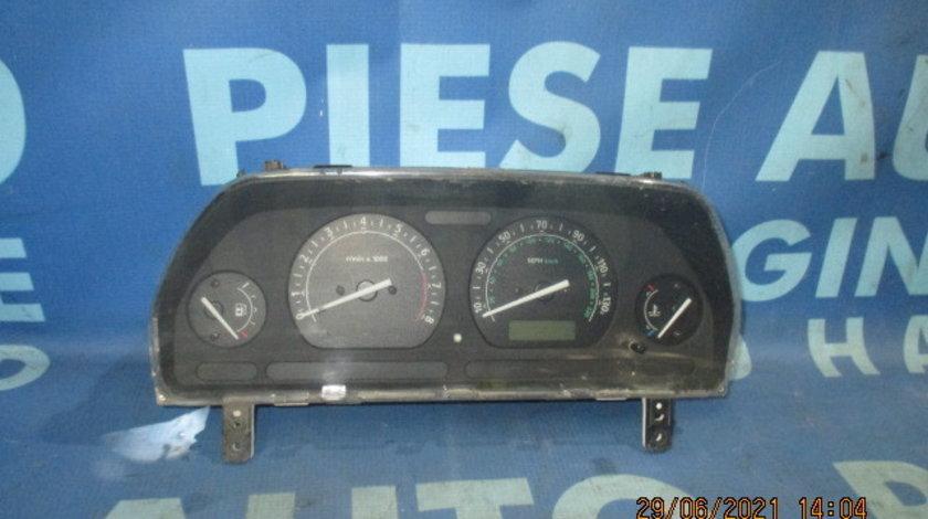 Ceasuri bord Land Rover Freelander 1.8i 16v (Anglia)