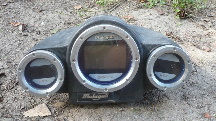 Ceasuri Bord Malaguti F12 49 cm 2 T digitale
