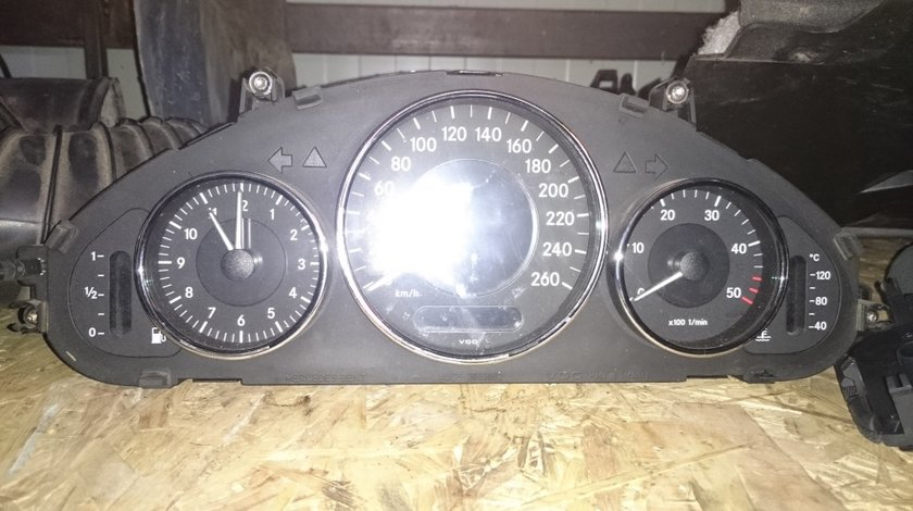 Ceasuri bord mercedes CLS 320 CDI w219
