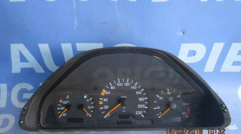 Ceasuri bord Mercedes E220 W210; 2105405147
