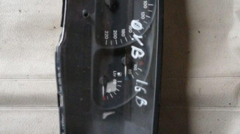 Ceasuri bord Opel Vectra B 1,6 Benzina cod 90569785KK