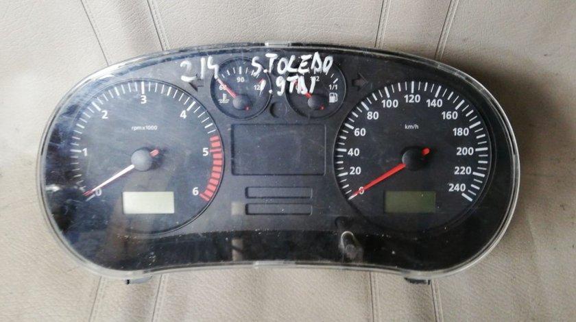 Ceasuri bord Seat Toledo 1,9 TDI cod 88311292
