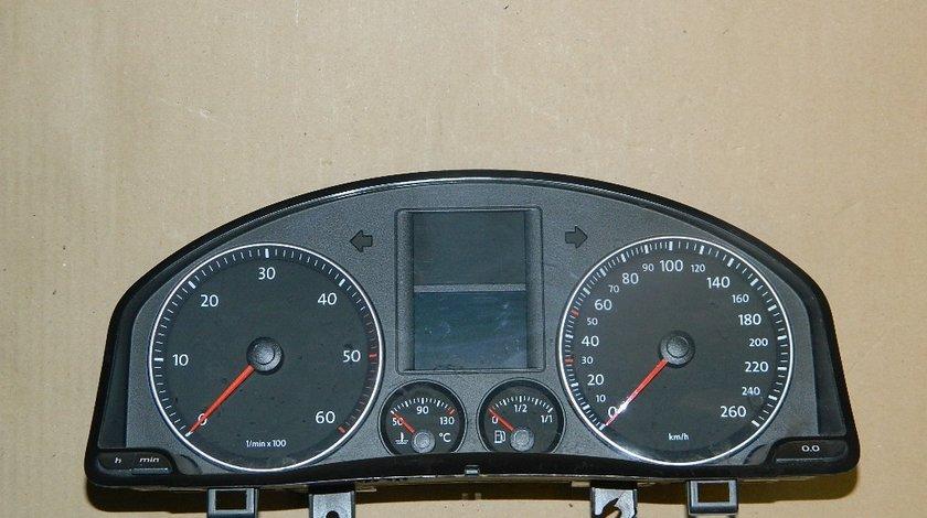 Ceasuri bord VW Golf V 1.6 Benzina