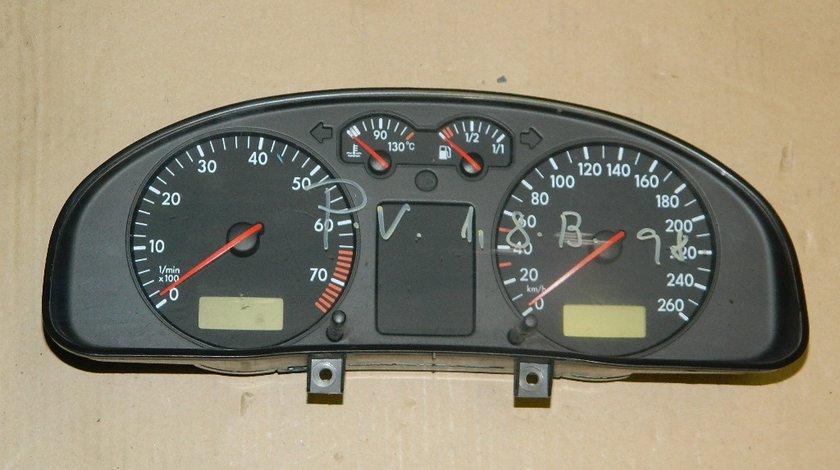 Ceasuri bord VW Passat V 1.8B model 1998