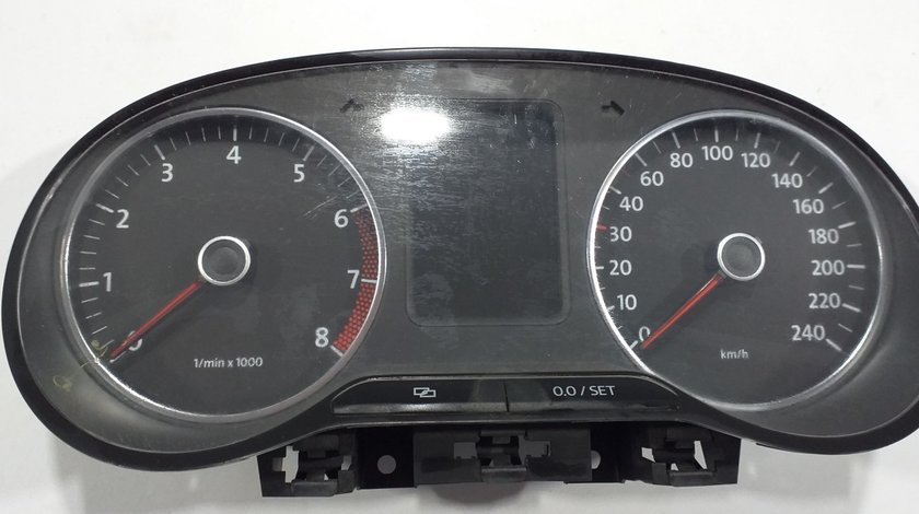 Ceasuri Bord VW Polo 6R Cod 6R0920860F