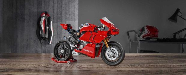 Cel mai nou set de piese de la Lego scoate la iveala un Ducati Panigale cu transmisie in doua rapoarte. FOTO ca sa te convingi si singur