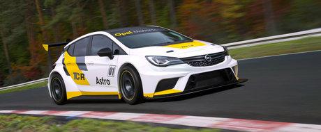 Cel mai scump Opel Astra din lume costa cam cat un BMW M5 F10