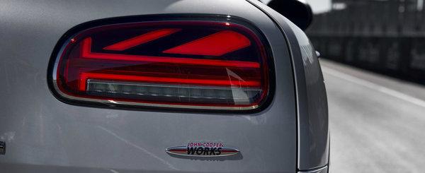 Cele mai puternice modele de serie din istoria MINI. Ambele au un motor turbo si 306 CP