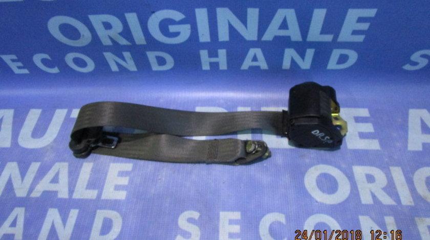 Centura siguranta Fiat Punto; 330110 // 33011038 (spate); 3-hatchback