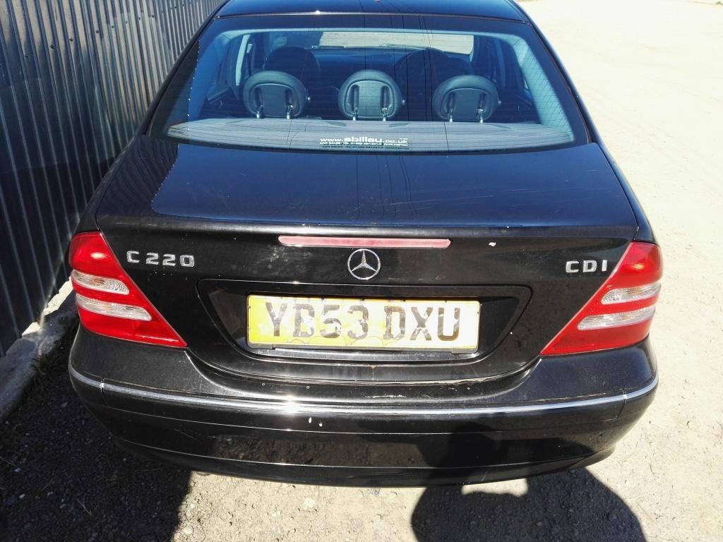 Centuri siguranta spate Mercedes C-CLASS W203 2002 berlina 2.2