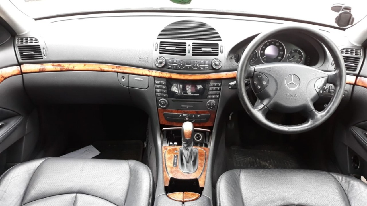 Centuri siguranta spate Mercedes E-CLASS W211 2003 berlina 2.2