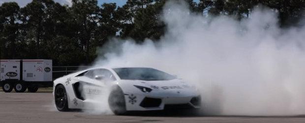 Cerculete in stil mare cu un...Lamborghini Aventador