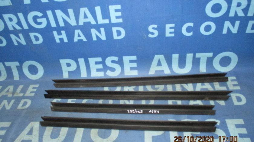 Cheder geam BMW E90 2008 (perii interior)