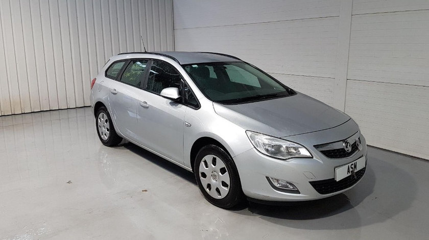 Chedere Opel Astra J 2011 Break 1.7D
