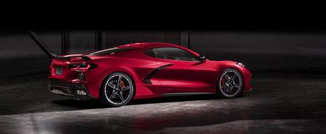 Chevrolet a publicat acum toate fotografiile si informatiile oficiale. Acesta este primul Corvette cu motor central din istorie!
