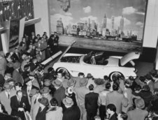 Chevrolet Corvette - Istorie