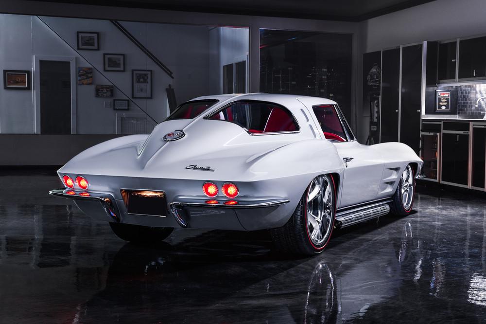 Chevrolet Corvette restomod - Chevrolet Corvette restomod