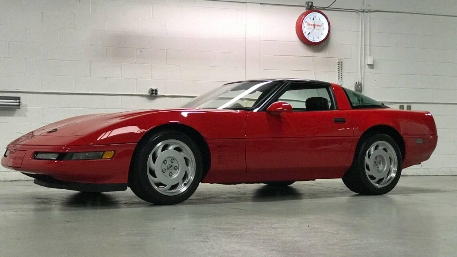 Chevrolet Corvette ZR1 din 1991 - Chevrolet Corvette ZR1 din 1991