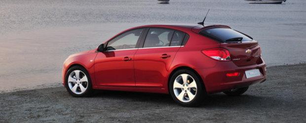 Chevrolet la Geneva Motor Show: Cruze Hatchback, Aveo Sedan, noul Camaro