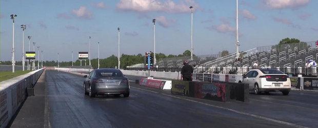 Chevrolet Volt. Tesla Model S. DRAG RACE!