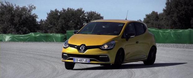 Chris Harris incearca ultima generatie a hot-hatch-ului Clio RS. VIDEO AICI!