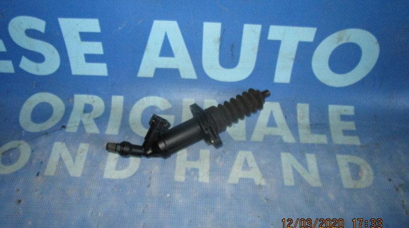 Cilindru ambreiaj BMW F10 520d 2.0d N47D20C;  6785964