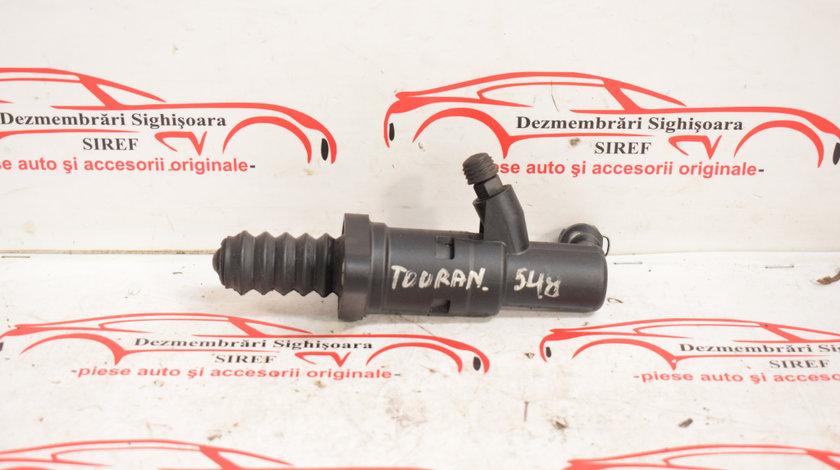 Cilindru receptor ambreiaj VW Touran 1.9 TDI BKC cod cutie GQN 6283000047 548