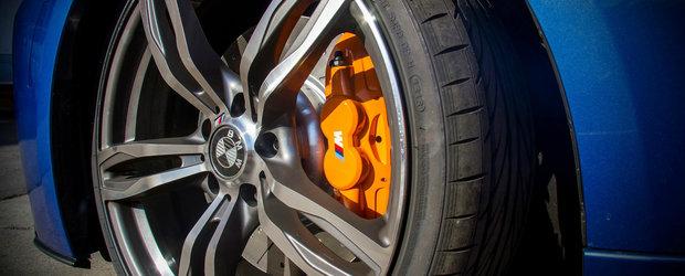 Cinci secrete ale franelor de pe masina ta