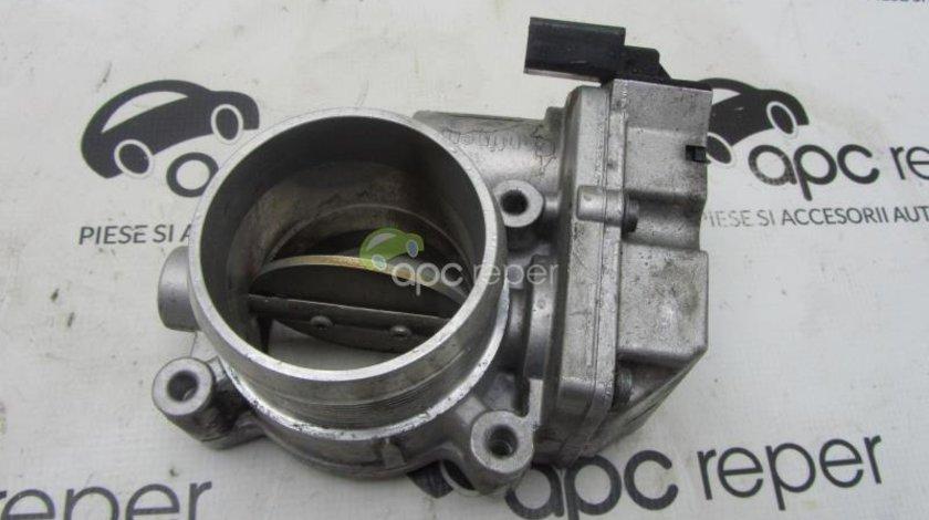 Clapeta acceleratie Audi 3,0Tdi cod 4E0145950H model 4 pini