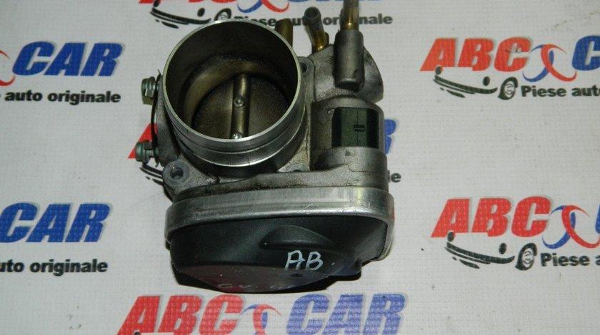 Clapeta acceleratie Audi A3 8L 1.6 benzina cod: 06A133062AB model 2000