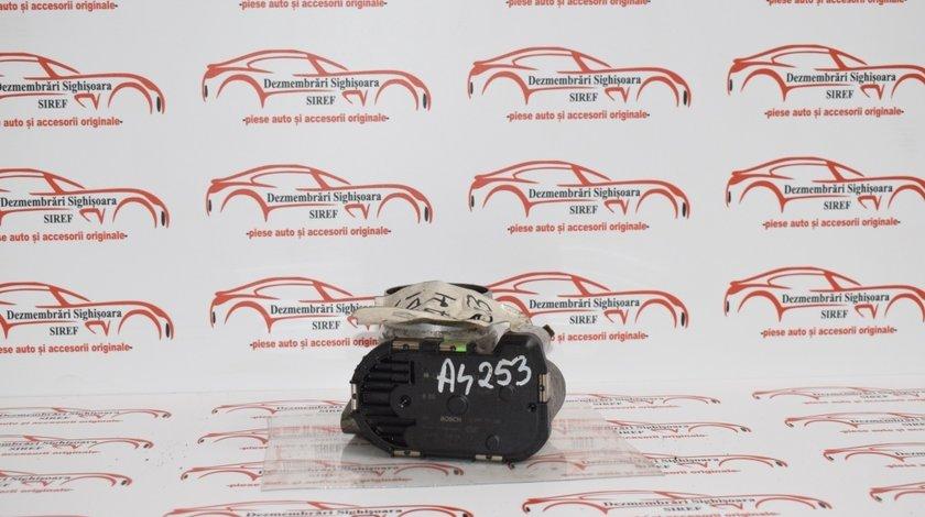Clapeta acceleratie Audi A4 1.8 benzina 2000