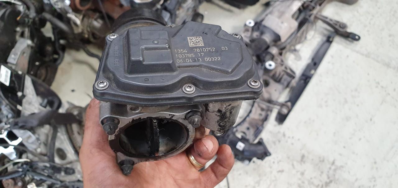 Clapeta acceleratie BMW Seria 5 F10 520D 2011 2012 2013