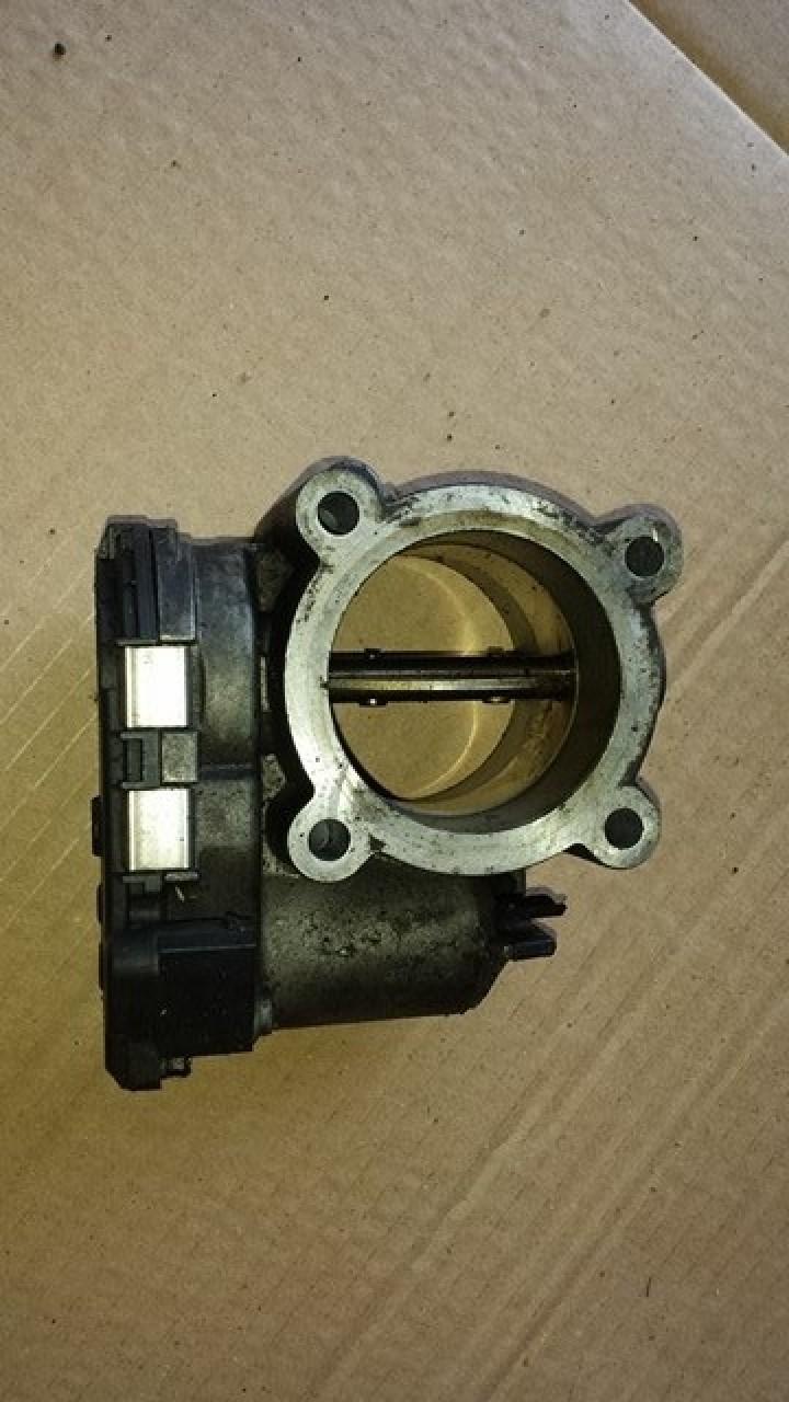 Clapeta acceleratie cod a6420900070 mercedes benz(w251) R 320 cdi om642.950
