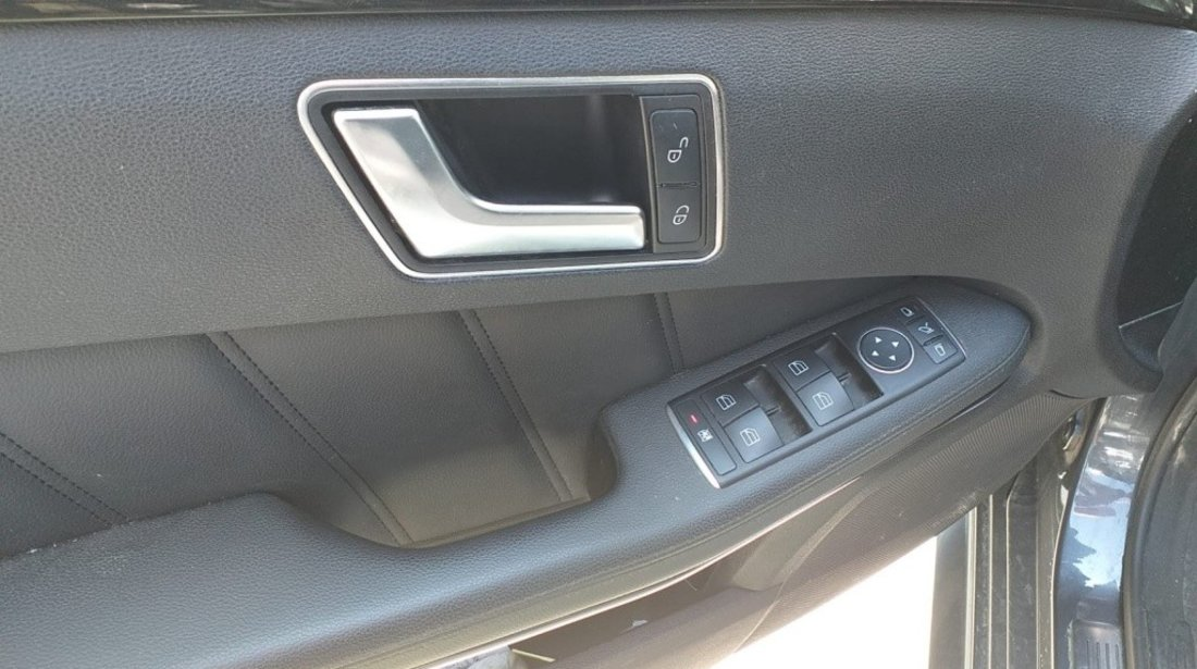 Clapeta acceleratie Mercedes E-Class W212 2013 combi 2.2 cdi