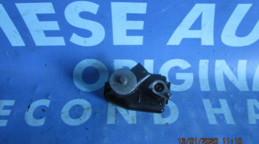 Clapete galerie admisie BMW E83 X3 3.0d M57N D3 2009;  700360