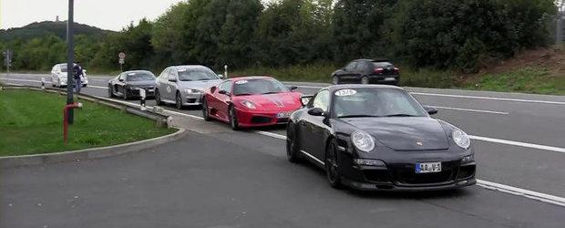 Coada de supercaruri la o benzinarie din Germania - VIDEO FABULOS!