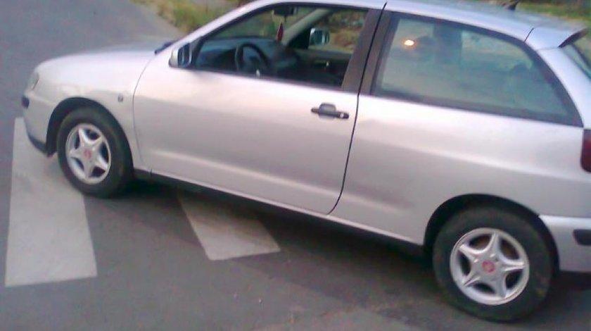 Comanda climatronic de seat ibiza 2000 1 4 benzina 1390 cmc 44 kw 60 cp tip motor akk