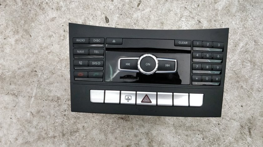 Comanda // unitate radio Mercedes CLS W218