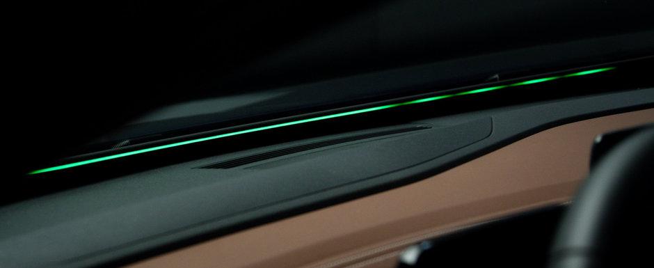 Comenzile vocale sunt de domeniul trecutului. Noua masina de la VW foloseste o banda LED pentru a interactiona cu tine