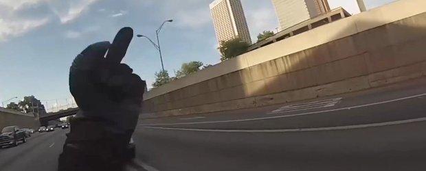 Compilatie video: Cum sa scapi de politie daca esti cu motocicleta