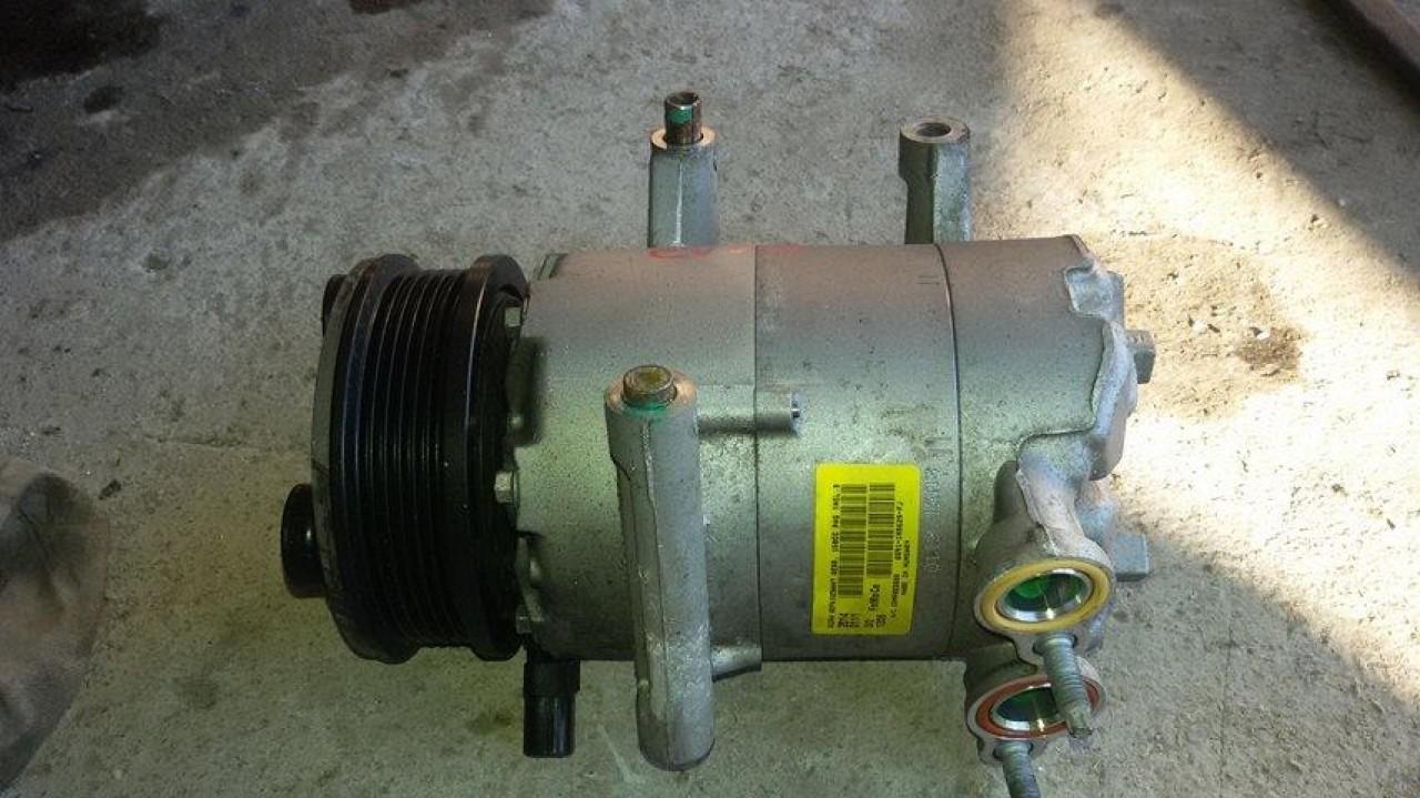 Compresor ac range rover evoque 2.2 d 224d7 150 cai